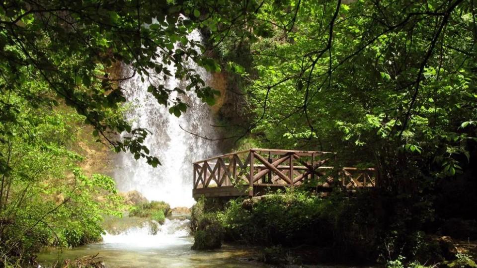 srbija/izleti/krupajsko-vrelo-i-lisinski-vodopad